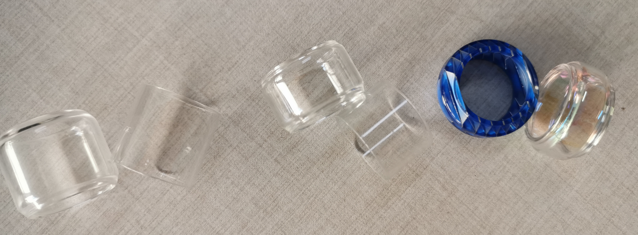 Manta Glass